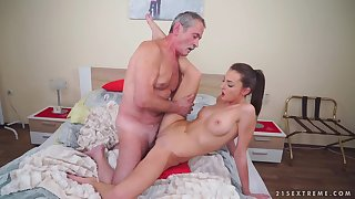 Horny Skinny Teen And Grandpa - Hard Sex Video