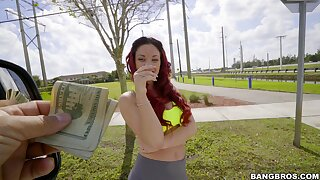 Redhead stranger Brooke Beretta drops on her knees to blow for money