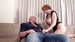Chubby ass mature sure need sperm on her clit