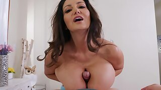 Deep vaginal for a busty mature with insane skills