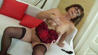 Grown up amateur granny Jana strips plus gets fucked by a fat cock
