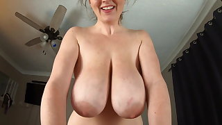 KCupQueen-Suprising Mom for the Weekend