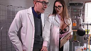 Expert Con-Cock-Tion