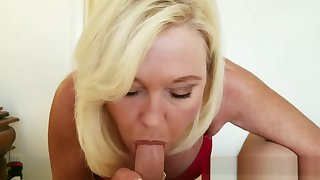 Mommy Wants You to CREAMPIE Her Pussy