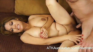 Curvy Latina Milf Marisa has will not hear of knockers covered roughly cum