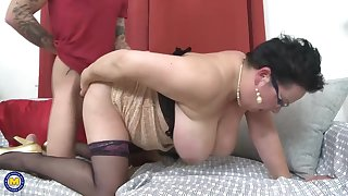 Obese mature mothers fucking lucky sons